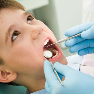 http://mgmmedical.ae/wp-content/uploads/2018/03/dentist-320x320.jpg